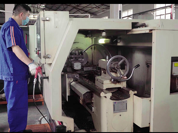 AIP设备-5轴焊接机械手
